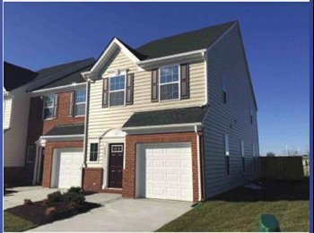 EasyRoommate US - $515 - Room available in brand new home! ALL UTILITIES INCLUDED, Mechanicsville - $515 pm