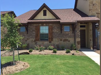 EasyRoommate US - Room in the Barracks , College Station - $650 pm
