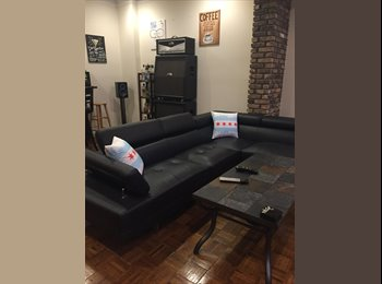 EasyRoommate US - Looking for a great roommate!, Boystown - $950 pm