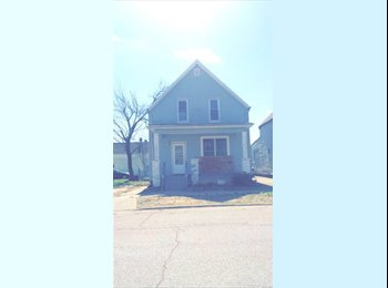 EasyRoommate US - Rooms for rent, Evansville - $300 pm