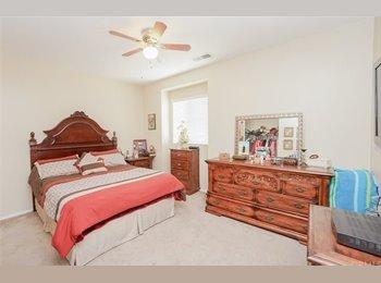 EasyRoommate US - Canyon Hills Room Rental , Menifee - $600 pm
