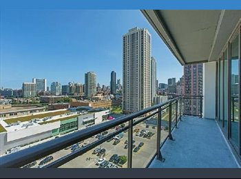 EasyRoommate US - 1 BR Available in West Loop 2 Bedroom Condo. August 1 $1,100, Fulton River District - $1,100 pm