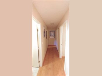 EasyRoommate US - Room for Rent in 2 bed/ 1 bath in lake Oswego, West Portland Park - $700 pm