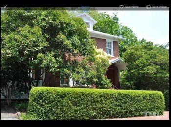 EasyRoommate US - Great Home HALF MILE from Old Well, Chapel Hill - $595 pm
