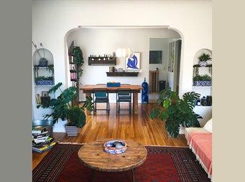 EasyRoommate US - MASTER BEDROOM in Beautiful Renovated Apt, Sunset Strip - $1,650 pm