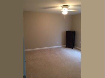 EasyRoommate US - Bedroom and private bathroom for rent, Trailwood Hills Commons - $600 pm