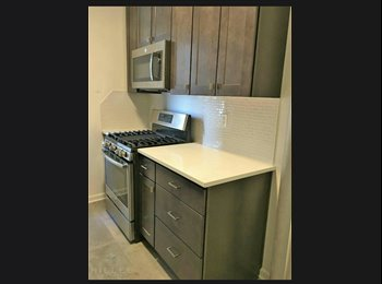 EasyRoommate US - very large room for rent, Corona - $850 pm