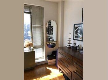 EasyRoommate US - Bedroom Available in Beautiful Chelsea Doorman Building!!, Chelsea - $1,925 pm