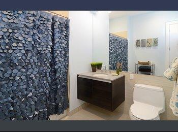 EasyRoommate US - Room Available in Luxury 3bed Hoboken Apartment $1555, Hoboken - $1,555 pm
