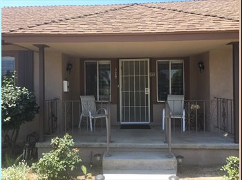 EasyRoommate US - Private House with private room, $990, Pasadena - $990 pm