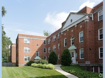 EasyRoommate US - Arlington, VA [$875] 27 M Seeking Roommate for 2-Bed, 1-Bath (Lyon Village Apartments), Maywood - $875 pm