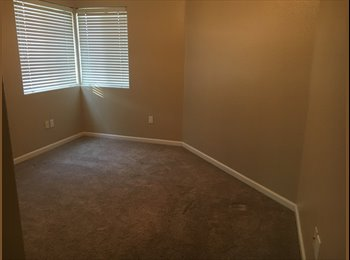 EasyRoommate US - 2 Bedroom 2 Bath, Adobe Highlands - $465 pm