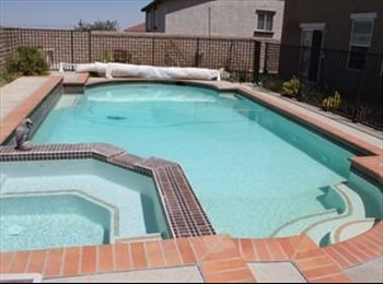 EasyRoommate US - Room for Rent Palmdale Near mall, Master Bed/Bath OR Single Bedroom, Palmdale - $830 pm