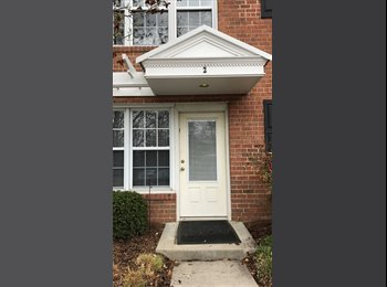EasyRoommate US - Roommate for August and September :) , Columbia Heights - $900 pm