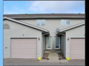 EasyRoommate US - Room for Rent in Eau Claire Townhome, Eau Claire - $355 pm