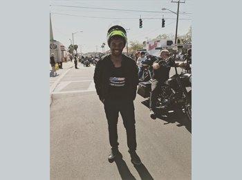 EasyRoommate US - Brandon - 28 - Orlando