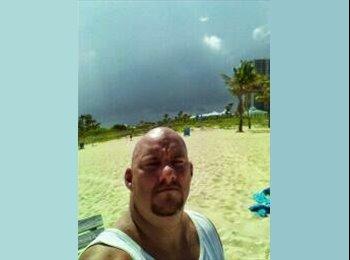 EasyRoommate US - Shawn - 44 - Lake Worth
