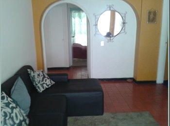 CompartoApto VE - Alquilo comoda habitacion, Caracas - BsF 15.000 por mes
