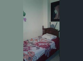 CompartoApto VE - habitacion para caballero en guatire las rosas , Caracas - BsF 50.000 por mes