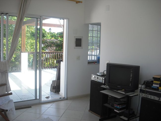 Aluguel kitnet e Quarto em Taquara - aluga-se quarto individual em casa na Taquara   EasyQuarto - Image 1