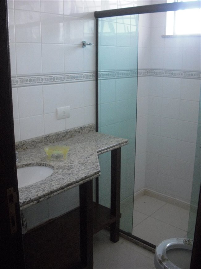 Aluguel kitnet e Quarto em Taquara - aluga-se quarto individual em casa na Taquara   EasyQuarto - Image 2
