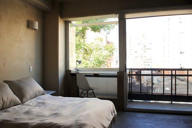 Habitacion en arriendo en Bogotá - Aparta-Estudio Privado de Lujo en La Macarena   CompartoApto - Image 1