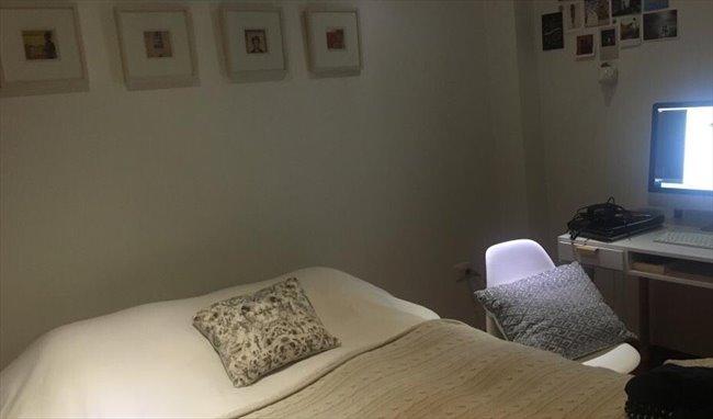 Habitacion en arriendo en Bogotá - Magnífica habitación en la Macarena en amplio apto   CompartoApto - Image 1