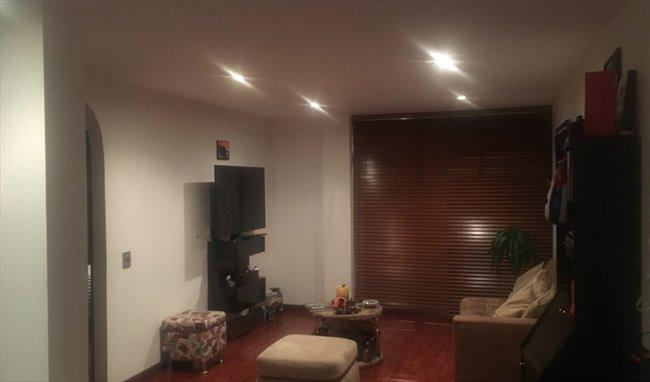 Habitacion en arriendo en Bogotá - Magnífica habitación en la Macarena en amplio apto   CompartoApto - Image 4