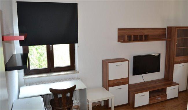 WG Zimmer in Deutschland - Möbliertes WG-Zimmer in bester Lage für Studenten! | EasyWG - Image 2