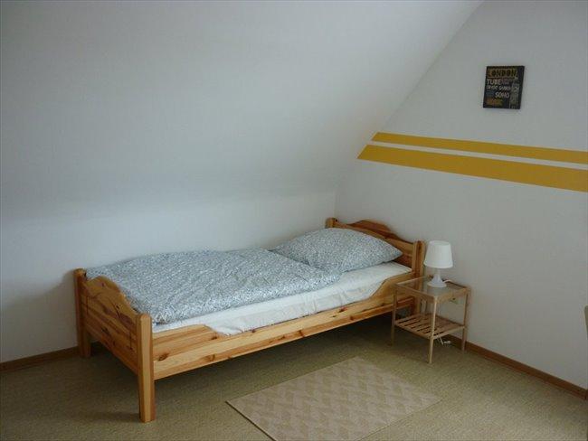 WG Zimmer in Deutschland - Schönes Zimmer in 2er-WG zu vermieten! | EasyWG - Image 1