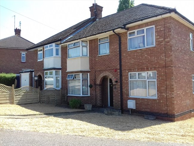 Room to rent in Duston - PARKING,FAST WIFI,REFURBISHED HOUSE NEAR SIXFILDS - Image 7