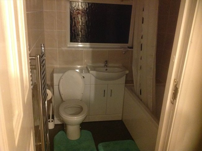 Room to rent in Norbury - Double room House Share Zone 3 (Couples 750 PCM) - Image 2