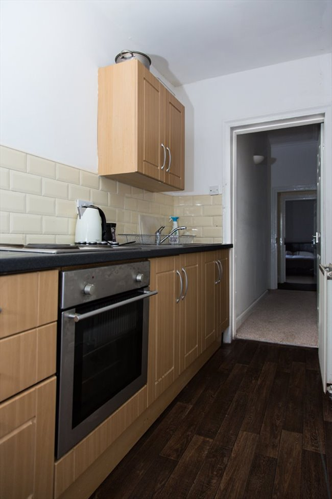 Room to rent in South Shields - Rooms to Rent in South Shields! £60-90 a room per week! - Image 5