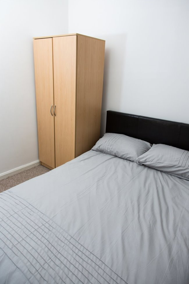 Room to rent in South Shields - Rooms to Rent in South Shields! £60-90 a room per week! - Image 6