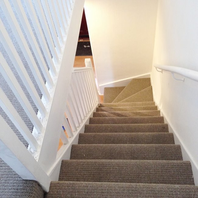 Room to rent in Stratford - King Size Room very close to Stratford station / Westfield - Image 4