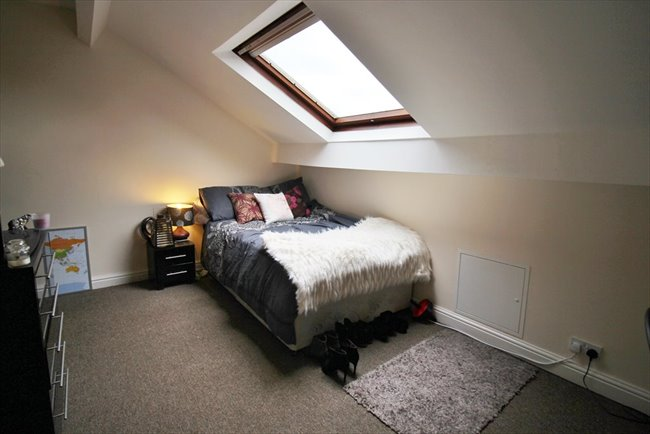 Room to rent in Headingley - Modern and Central Headingley Student House Share Available from 1st July BILLS INCLUDED - Image 2