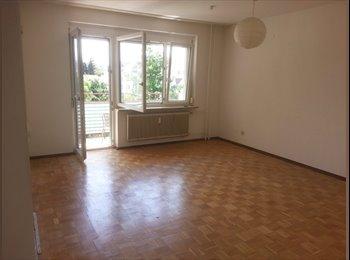 EasyWG AT - Uninähe helles ruhiges Zimmer mit eigenem Balkon, Graz - 360 € pm
