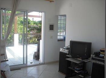 EasyQuarto BR - aluga-se quarto individual em casa na Taquara, Taquara - R$ 750 Por mês