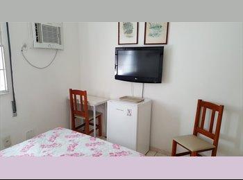 EasyQuarto BR - Quarto em Copacabana, Copacabana - R$ 1.700 Por mês