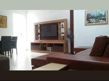 EasyQuarto BR - Casa Estudantil Realeza, Maceió - R$ 600 Por mês