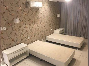 EasyQuarto BR - aluguel de quartos, Copacabana - R$ 1.500 Por mês