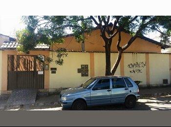 EasyQuarto BR - Aluga-se Suites ( Quarto / banheiro ) e Quitinetes, Goiânia - R$ 500 Por mês