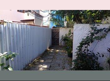 EasyQuarto BR - Quarto na Ilha da Gigoia, Itanhangá - R$ 800 Por mês