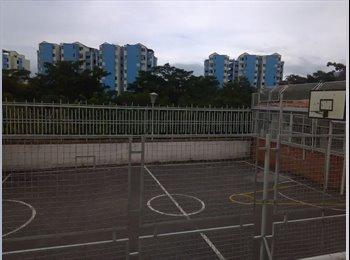 CompartoApto CO - Habitación , Floridablanca - COP$400.000 por mes