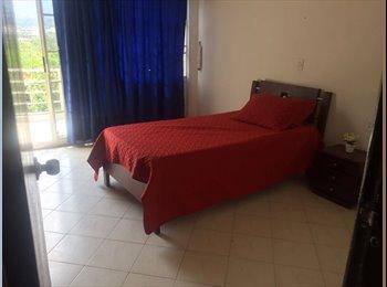 CompartoApto CO - Habitación en altos de cañaveral 6ta etapa, Floridablanca - COP$500.000 por mes