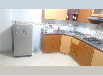 CompartoApto CO - Arriendo Hermosa Habitación, Bucaramanga - COP$500.000 por mes