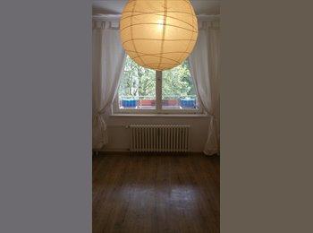 EasyWG DE - Gemütliches 14 m² - großes Zimmer in 2er-WG mit Viel Viel Grün - Nahe Jungfernheidepark, Berlin - 349 € pm