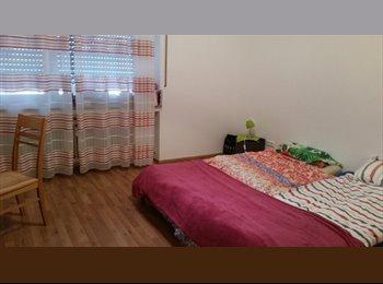 EasyWG DE - Schönes möbliertes Zimmer in netter, sauberer 4er WG zu vermieten, München - 700 € pm
