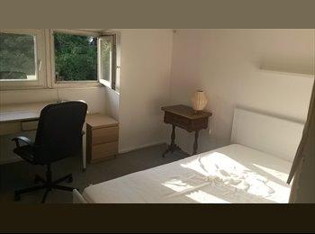 EasyWG DE - Beautiful, Central Room (free in August) - Wunderschönes, zentrales Zimmer zur Zwischenmiete, Deutschland - 350 € pm