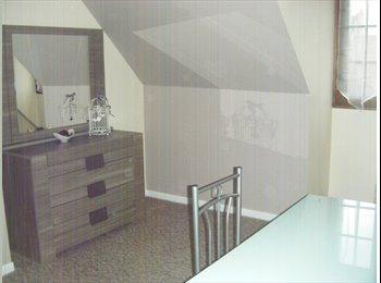 Appartager FR - Magnifique chambre meublée tout confort, Drancy - 450 € /Mois